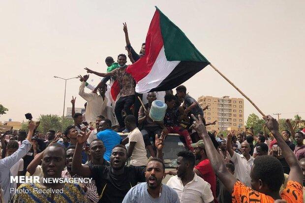 امضای توافق قانون اساسی سودان؛آینده شورای نظامی درهاله ای ازابهام
