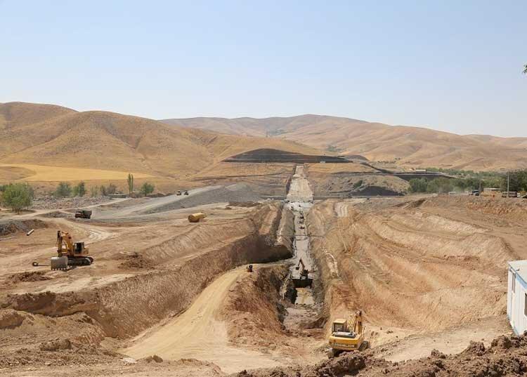 انتقال آب از زنجان به همدان سرعت می گیرد
