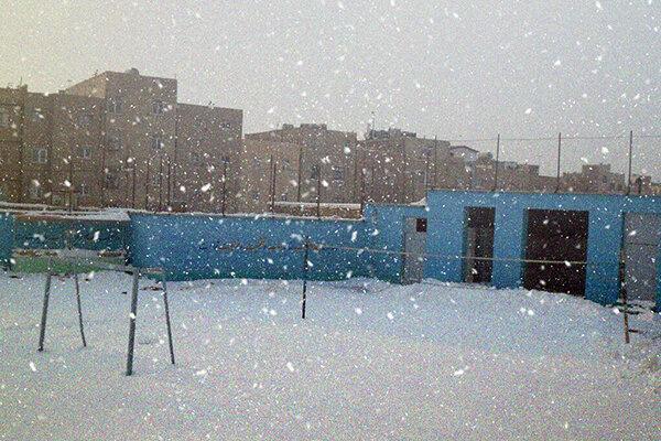 مدارس استان اردبیل برای سومین روز تعطیل شد