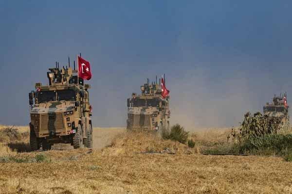 ورود کاروان های نظامی ترکیه به خاک سوریه