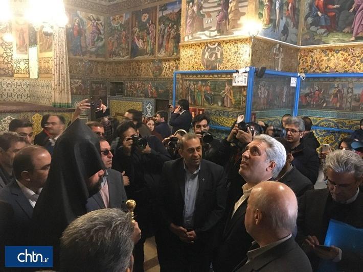 بازدید دکتر مونسان از محور تاریخی جلفا در اصفهان، اصفهان می تواند محور توسعه گردشگری ادیان در ایران باشد