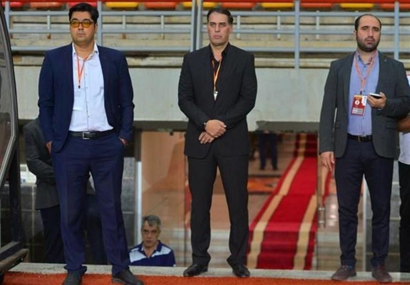 آذری: تمام بازیکنان فولاد باید در اختیار باشند حتی در تیم ب، با درخواست چند پیشکسوت فعلاً برای شکایت صبر می کنم
