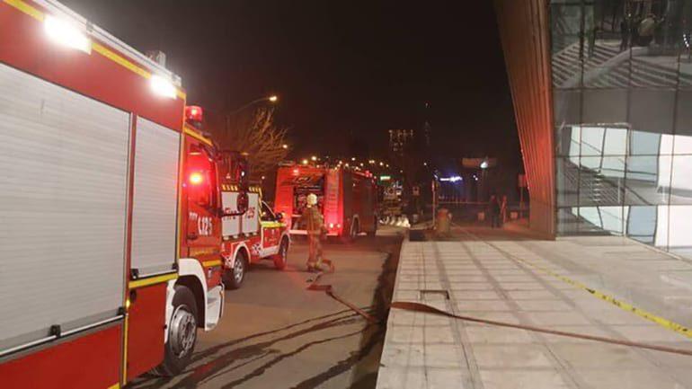 آتش سوزی ساختمان جدید بورس در سعادت آباد