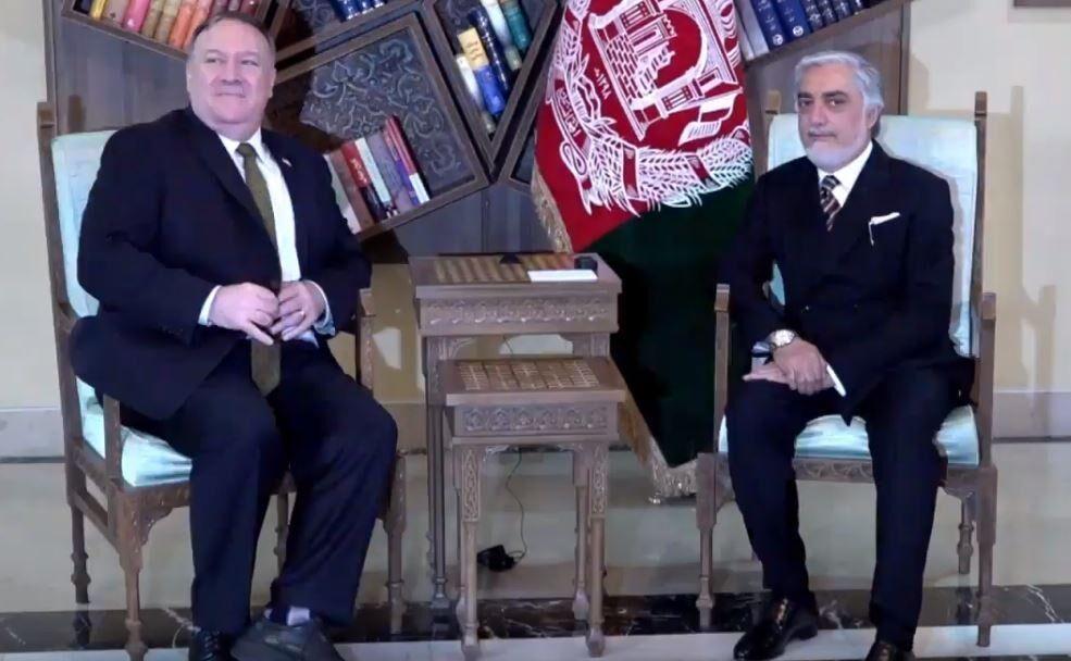 خبرنگاران عبدالله و پمیئو بر حل بحران سیاسی افغانستان تأکید کردند
