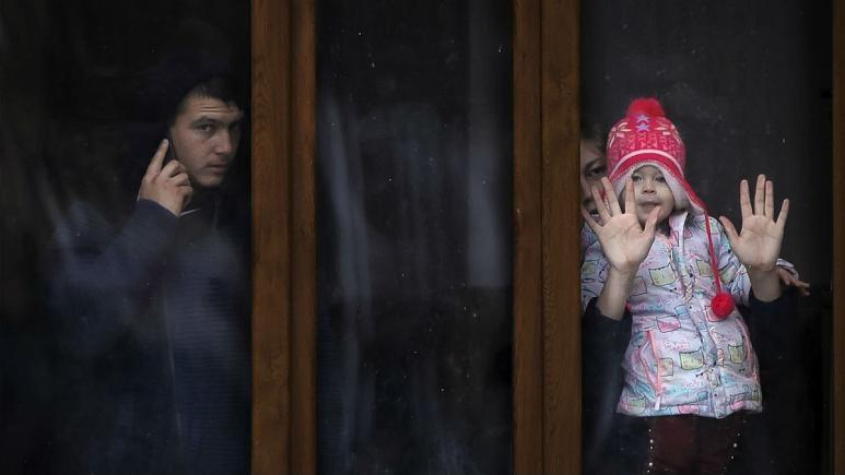 لحظه شماری اروپائیان برای طلاق کوویدی در قرنطینه، فرانسه از قربانیان خشونت خانگی در هتل مراقبت می نماید