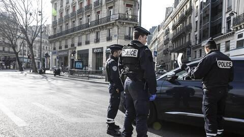 تاکید بر ادامه قرنطینه در فرانسه