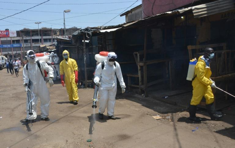 گینه: حمله معترضان و بازگشایی مساجد ، 7 کشته در اعتراض به قرنطینه کرونایی