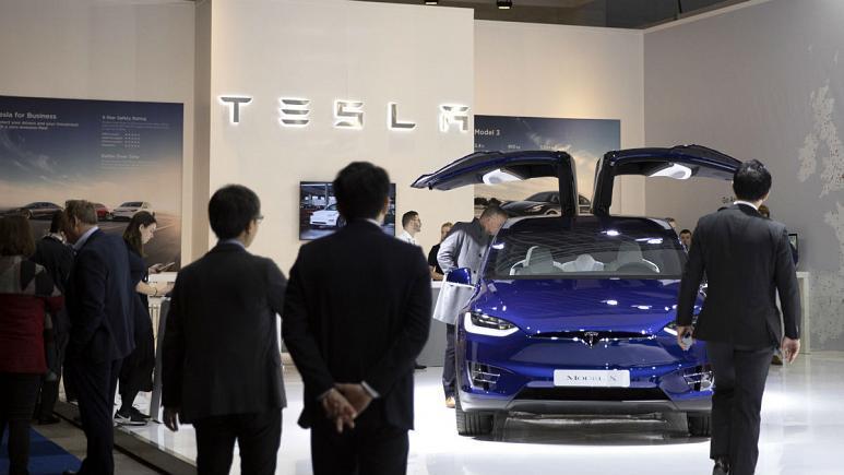 تسلا، ارزشمندترین خودروساز دنیا شد