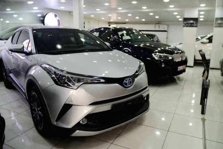 واکنش قیمت خودروهای خارجی به نوسان دلار