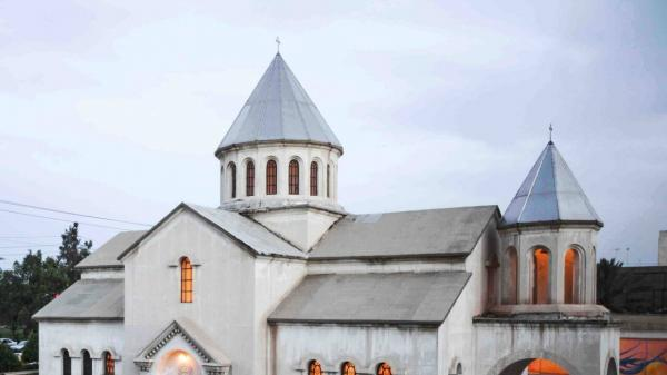 دعوت جالب یک کشیش آلمانی برای اقامه نماز مسلمانان در کلیسا