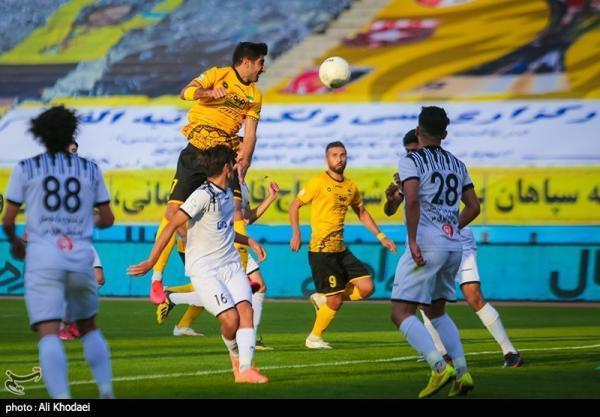جام حذفی فوتبال، ورود سپاهان، مصاف تیم های شمالی و تقابل دو همکار سابق