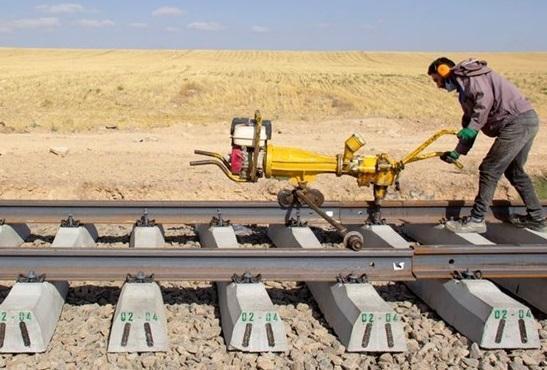 مصوبه خط آهن شلمچه-بصره به وزارت حمل و نقل عراق ابلاغ شد