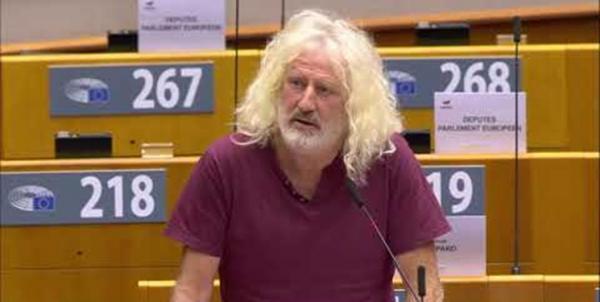نماینده اروپایی: تحریم ها علیه سوریه جنایت علیه بشریت است